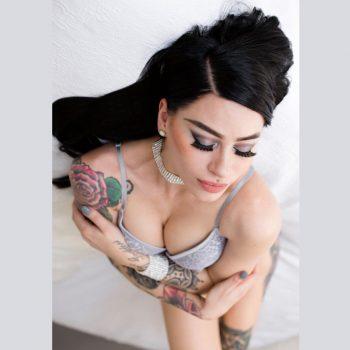 Adelaide female stripper Kandice